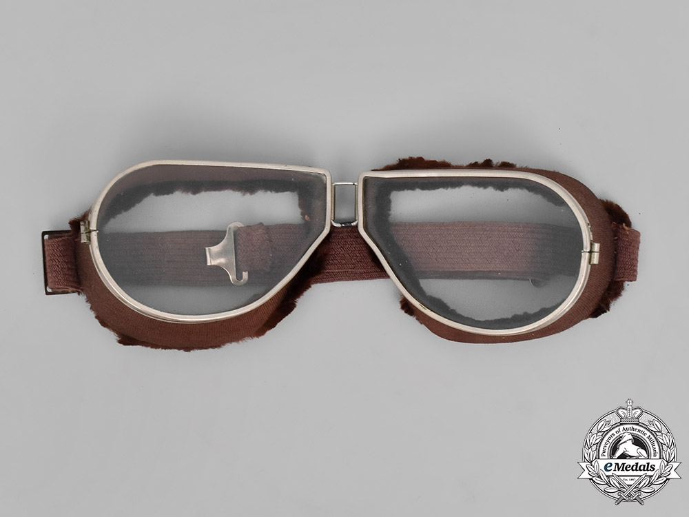 Germany, Luftwaffe. A WW1 Prussian Pilot's Helmet with Goggles