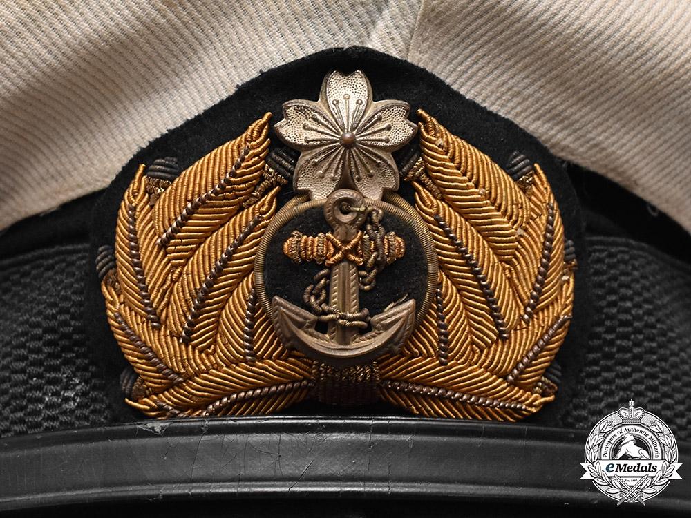 Japan, Imperial. A Japanese Naval Officer's White Cover Summer Uniform Visor Cap