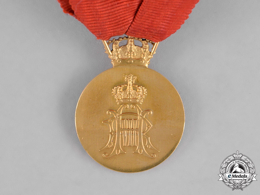 Norway, Kingdom. A Royal House of Recompense in Gold, I Class Gold Grade Medal