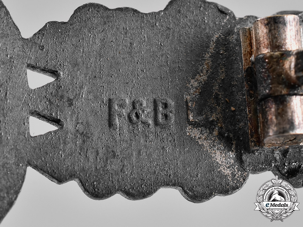 Germany, Luftwaffe. A Bomber Pilot's Clasp, Silver Grade, by Funke and Brüninghaus
