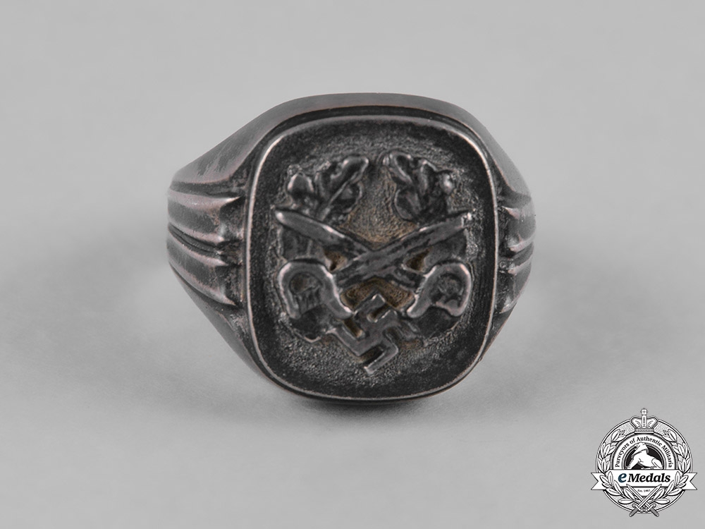 Germany, Third Reich. A Third Reich Period Patriotic Ring