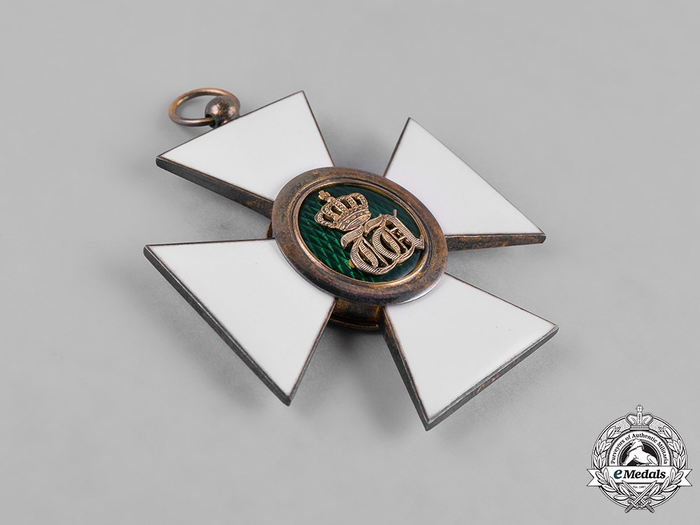 Luxembourg, Kingdom. An Order of the Oak Crown, I Class Grand Cross Badge, c.1920