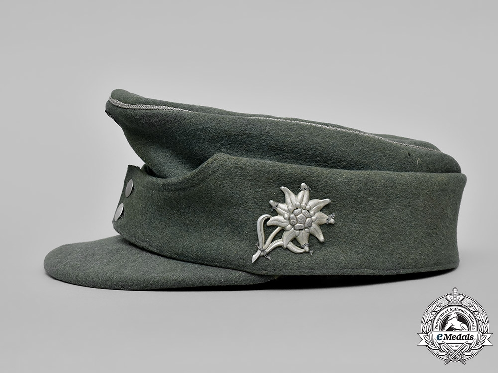 Germany, Heer.   A Wehrmacht Officer's Mountain Troop Field Cap