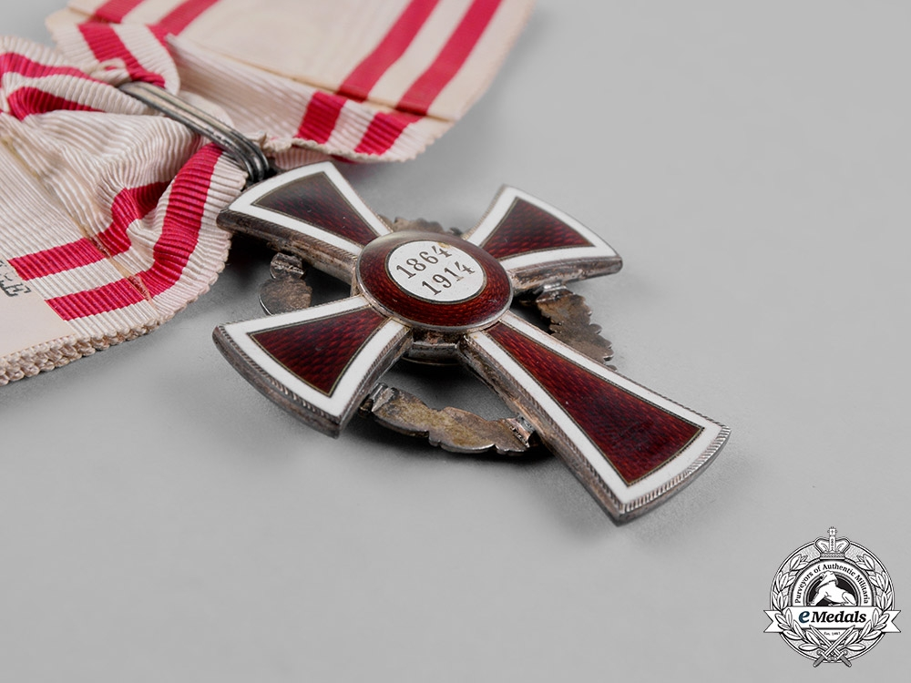 Austria, Empire. An Honour Decoration of the Red Cross, First Class with War Decoration, c.1914