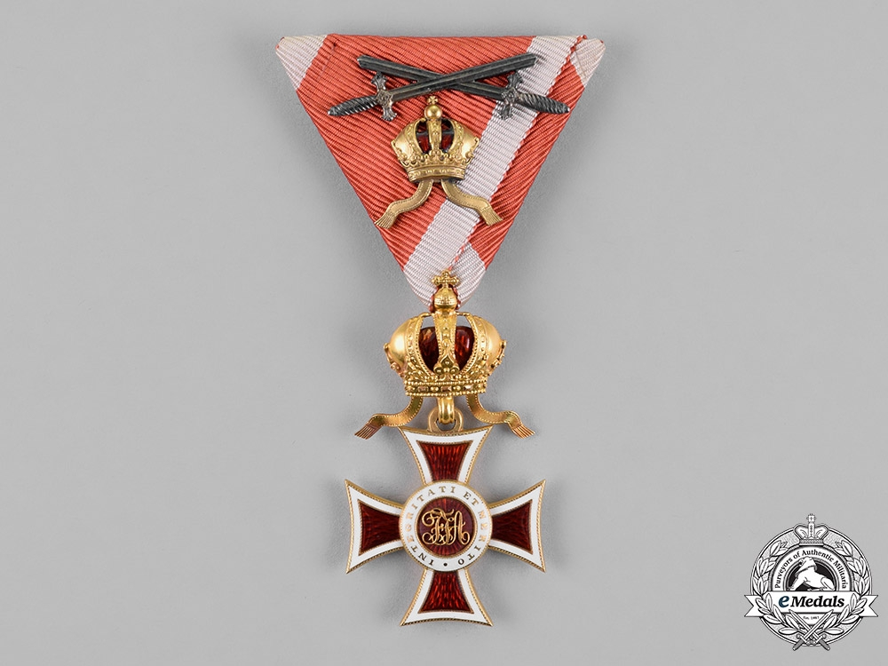 Austria, Empire. A Leopold Order in Gold, Knight's Cross with Small Decoration & Silver Swords, c.1915