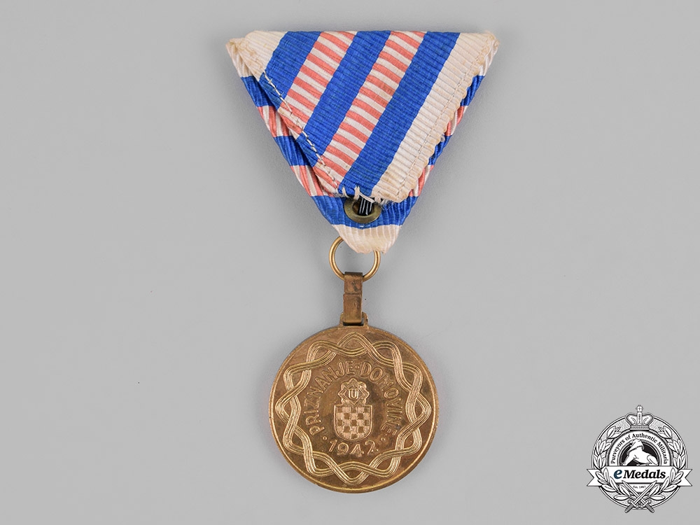 Croatia. A Wound Medal for Three Wounds, Gold Grade, c.1943