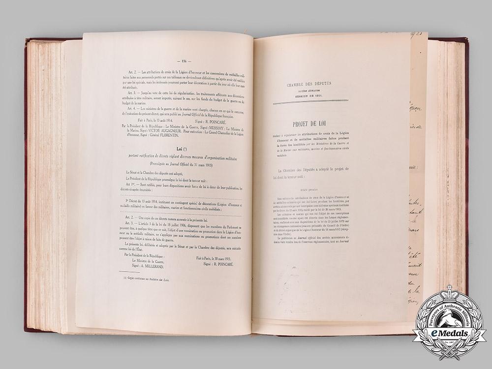 France. La Légion d'honneur, sa société d'entr'aide, son musée, by Jules Renault, 1925
