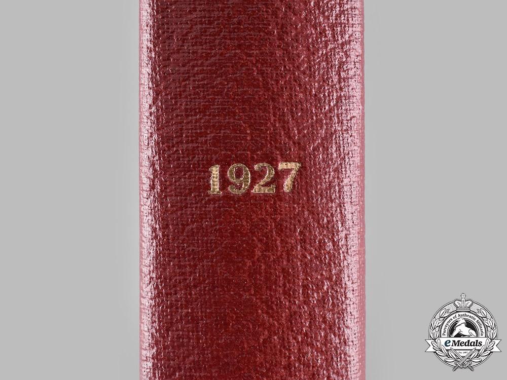 France. Les Ordres Français et les Récompenses Nationales, 1927
