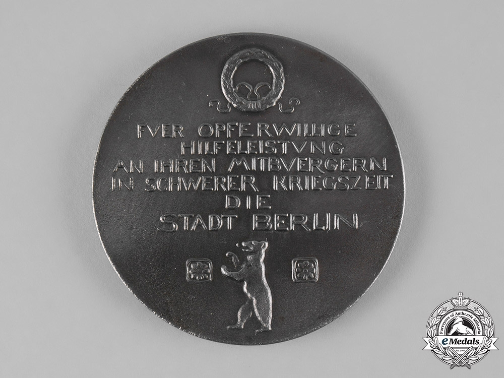 Germany, Imperial. A 1916 Medal for Berlin War Relief Volunteers by Constantin Starck