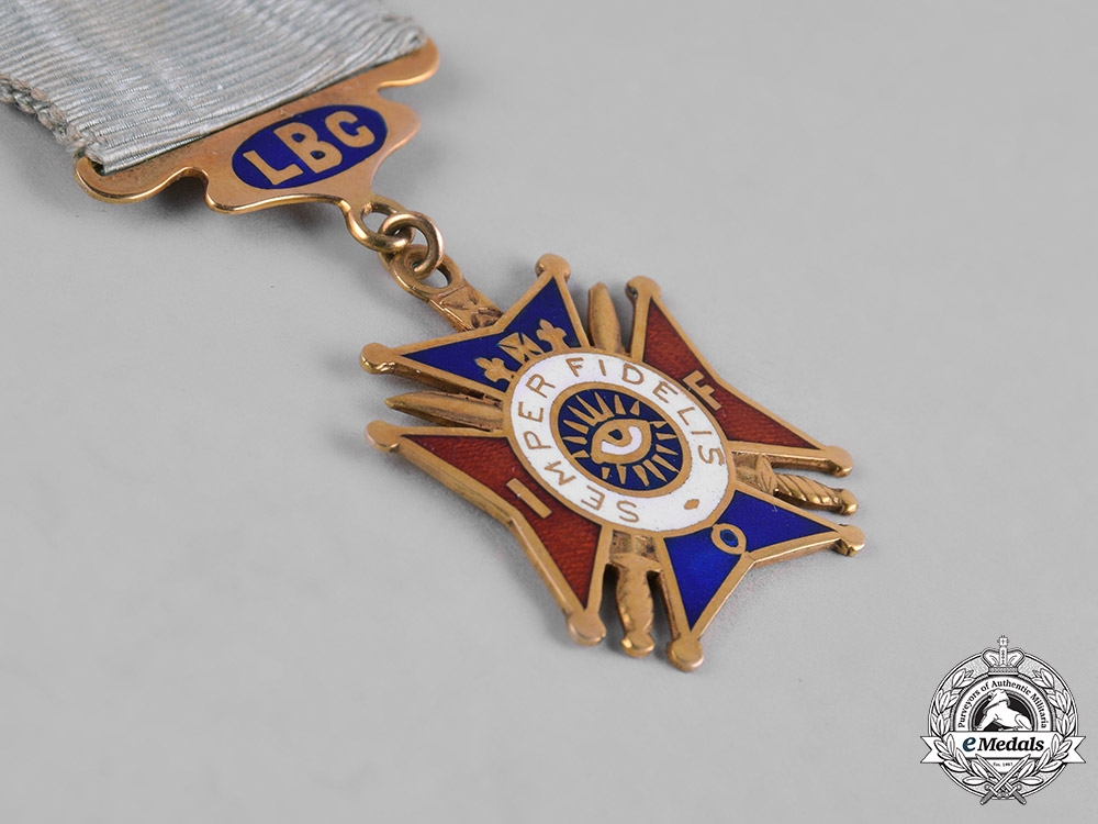 United Kingdom. An Independent Order of Foresters (IOF) Membership Badge in Gold