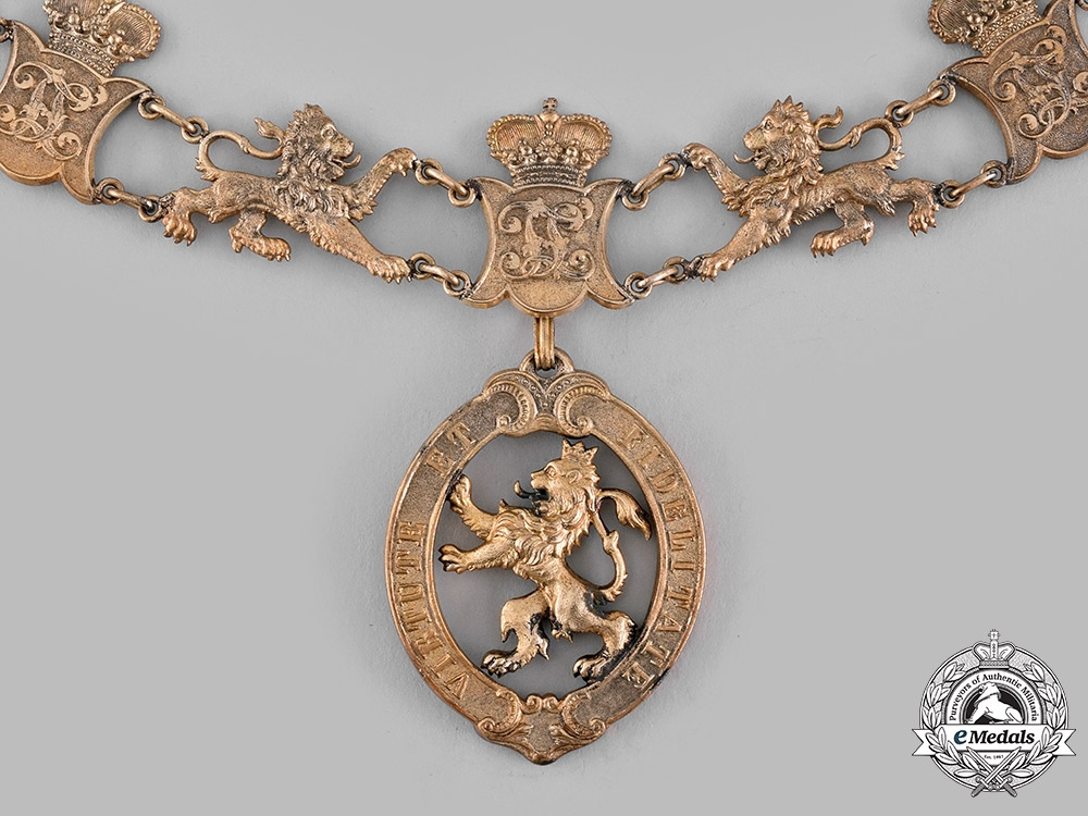 Hesse-Damstadt, Grand Duchy. An Order of the Golden Lion, Collar Type III (Collectors Copy)