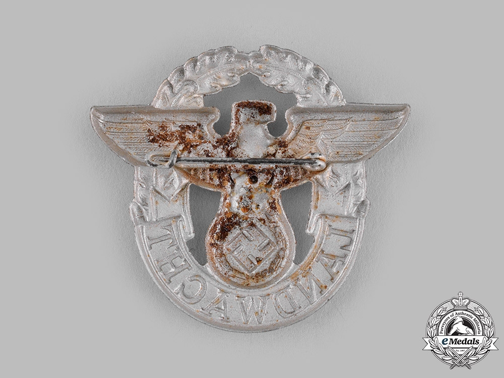 Germany, Ordnungspolizei. A Landwacht (Auxiliary Police) Cap Badge