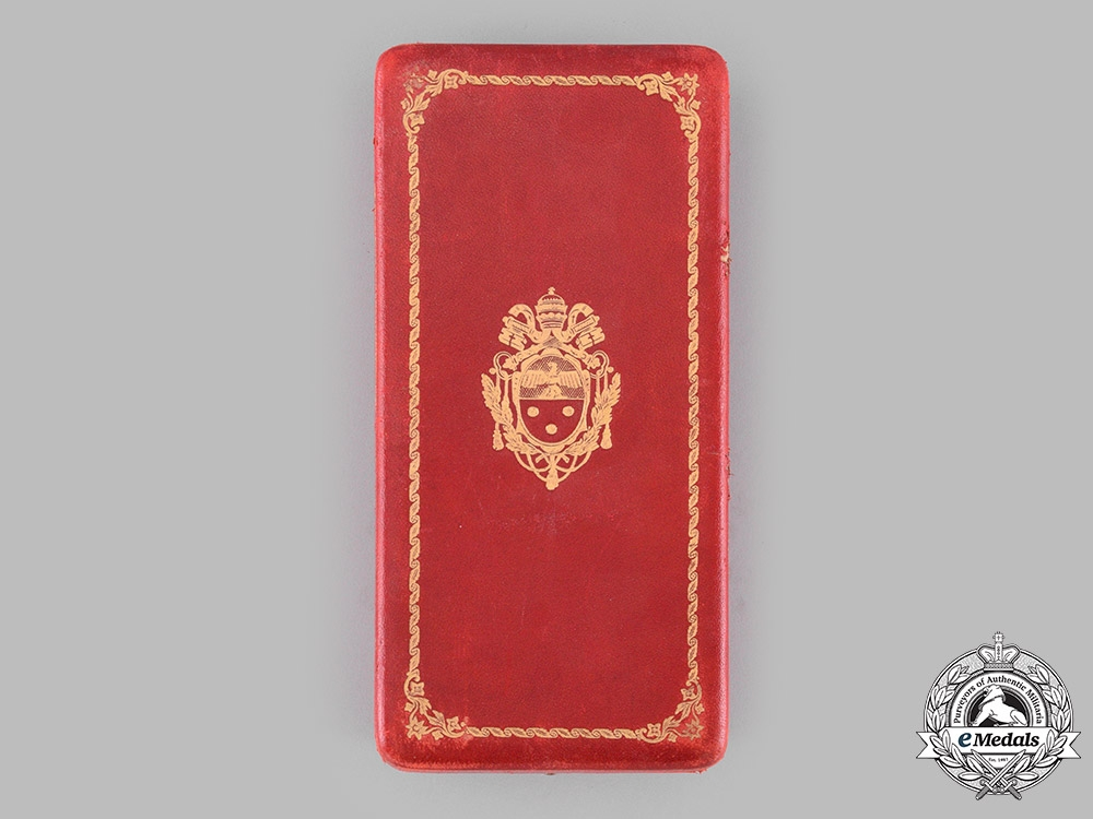 Vatican. A Pontifical Equestrian Order of St. Gregory the Great, I Class Grand Cross Case, c.1930