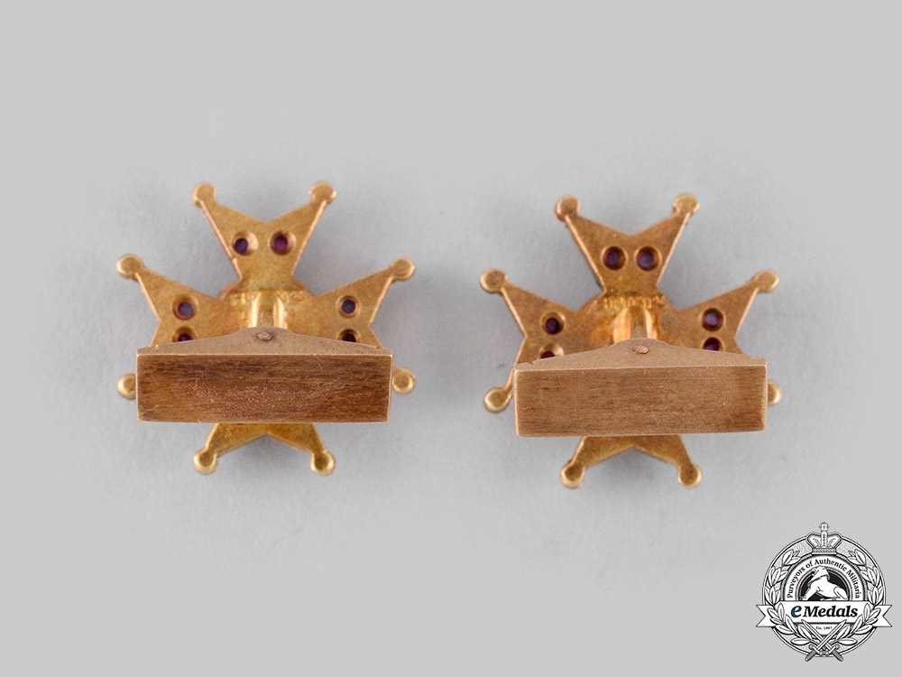 Vatican. A Spink-Made Pontifical Equestrian Order of St. Gregory the Great Cufflinks Pair