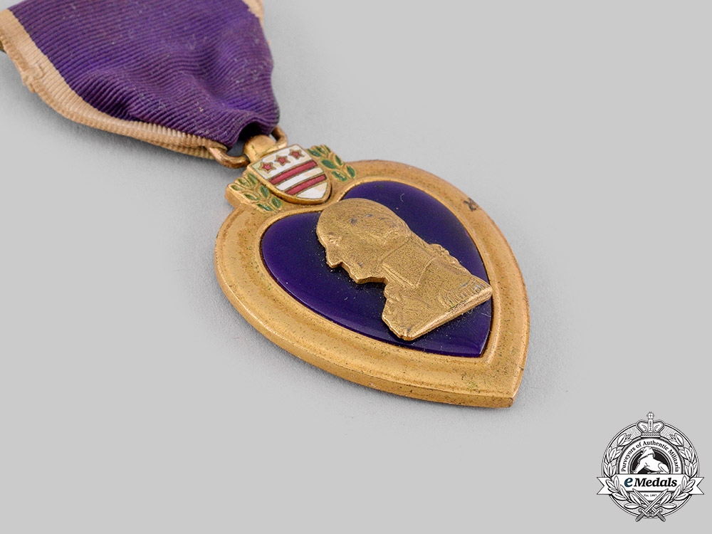 United States. A Purple Heart, 7th Armored Division, Battle of the Bulge 1944 POW