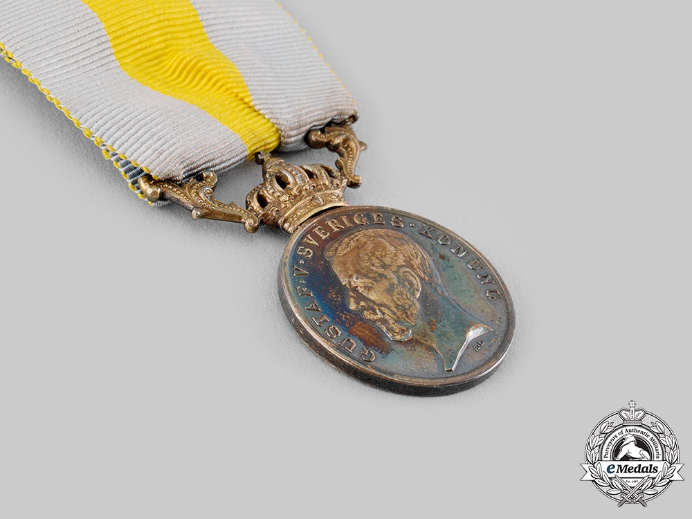 Sweden, Kingdom. A Royal Red Cross Merit Medal for Volunteers, by C.F.Carlman