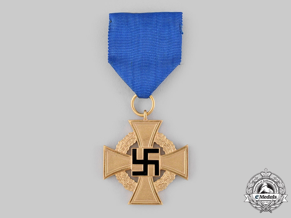 Germany, Third Reich. A Civil Service 40-Year Faithful Service Cross, with Case, by Deschler & Sohn