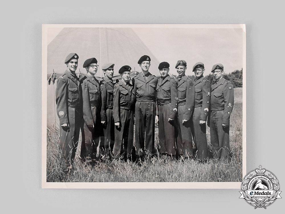 Canada, Commonwealth. A Fine Modern Peacekeeping Service Group to Captain G.A. Williams