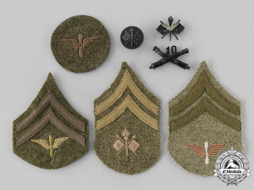 United States. A Lot of Seven First War Army Items