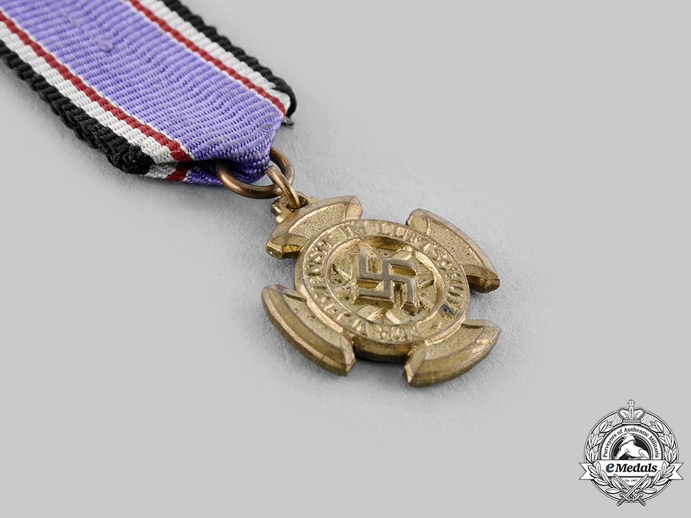 Germany, Third Reich. An Air Protection Medal, I Class Miniature