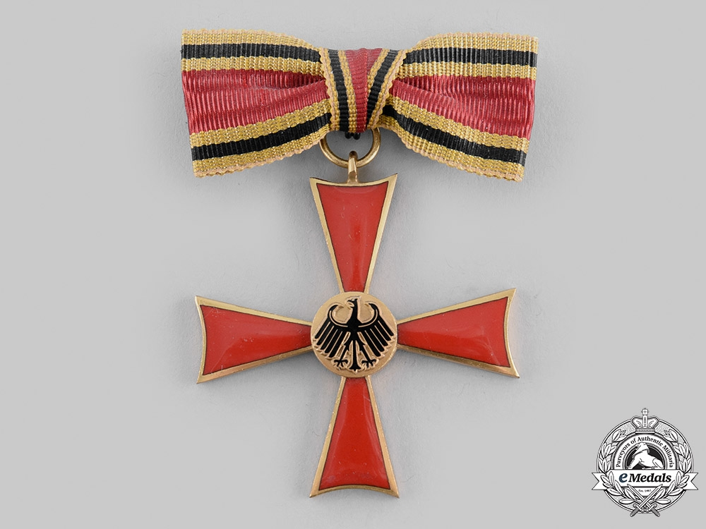 Germany, Federal Republic. An Order of Merit of the Federal Republic of Germany, Merit Cross for Females