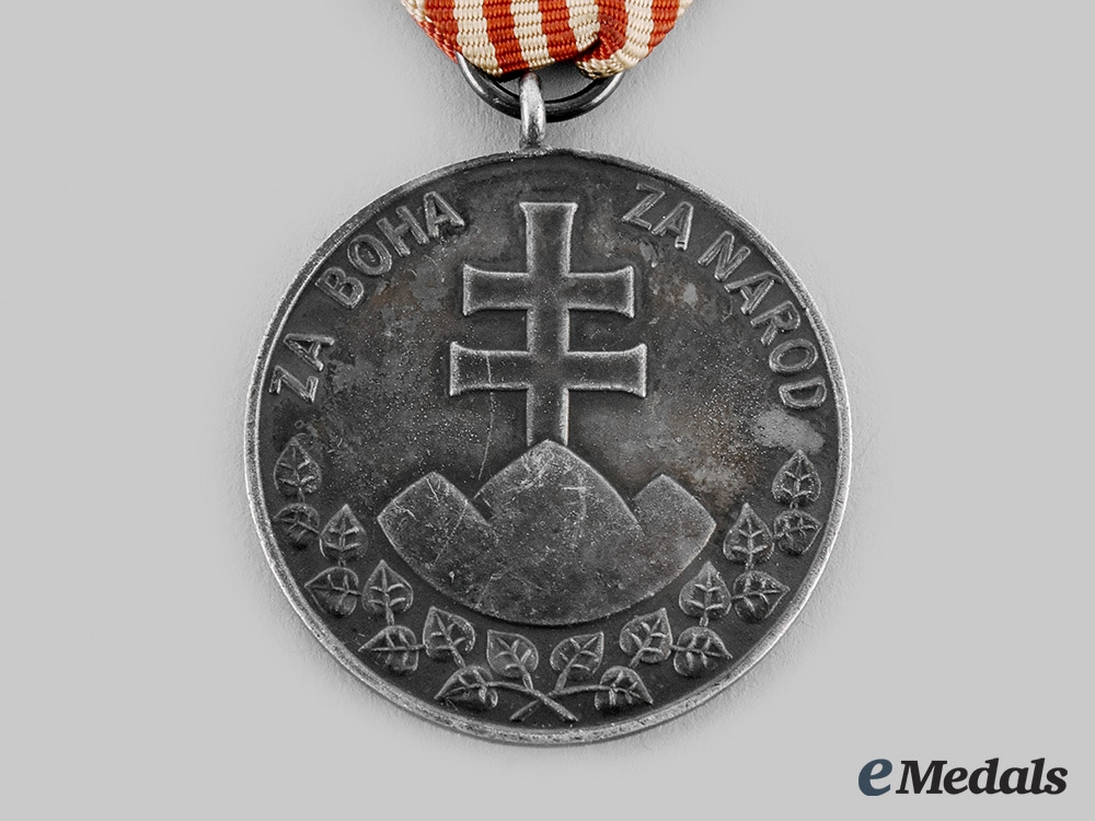Slovak, Republic. A Medal for Bravery, II Class, Large, 1945