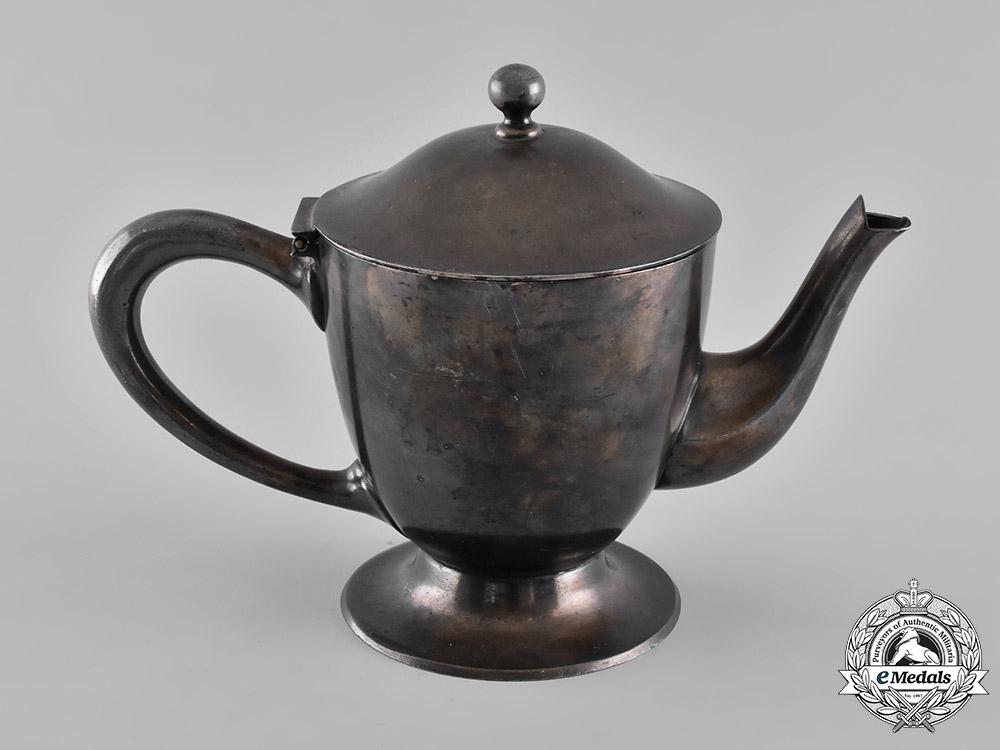 Germany, Third Reich. A Teapot from the Nürnberger Deutsche Hof