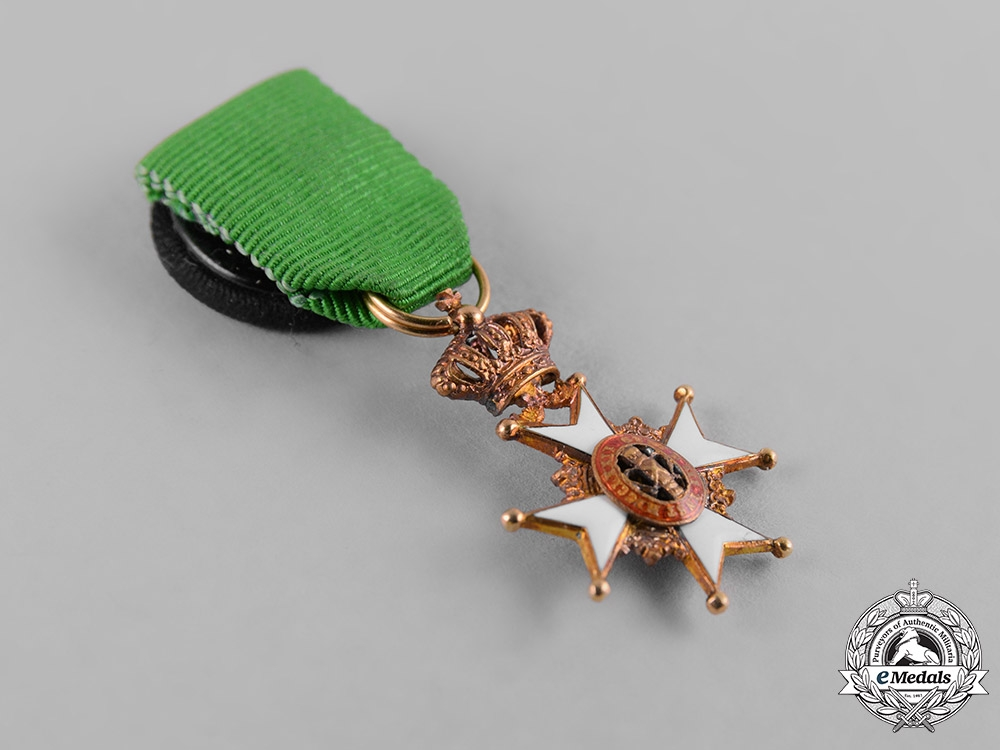 Sweden, Kingdom. An Order of Vasa in Gold, Miniature
