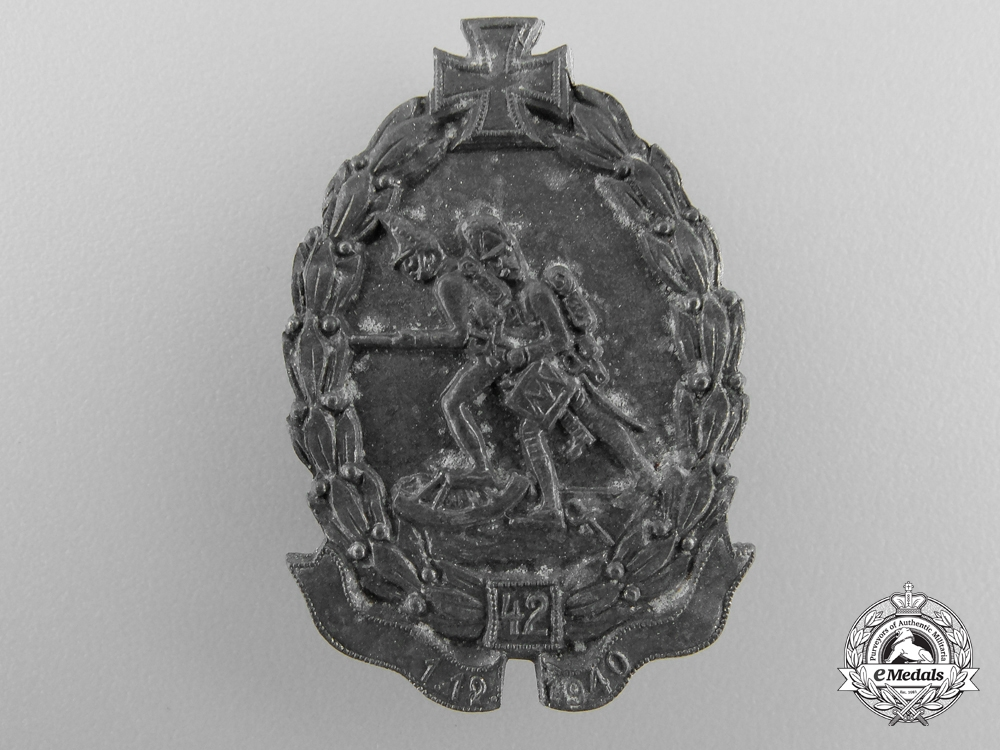 A Second War 42nd Hungarian Division Cap Badge