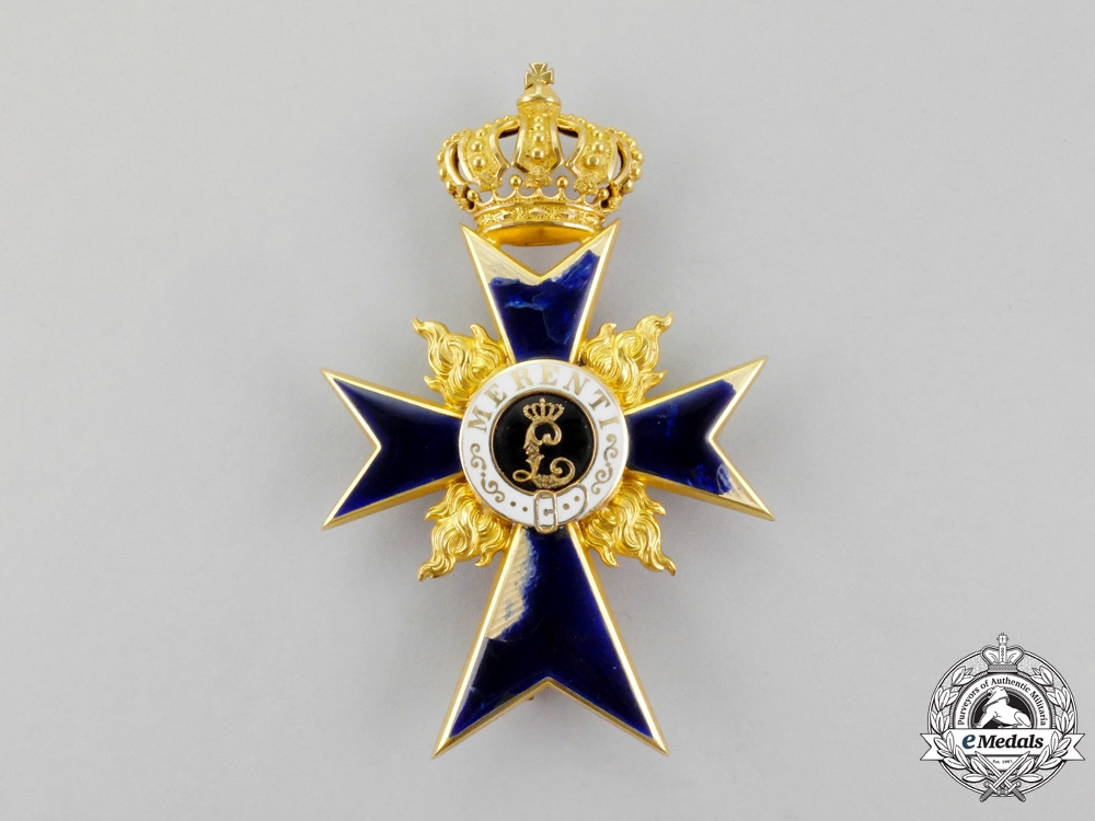 Bavaria. A Bavarian Order of Military Merit Officer's Cross in Gold with Flames by J. Leser