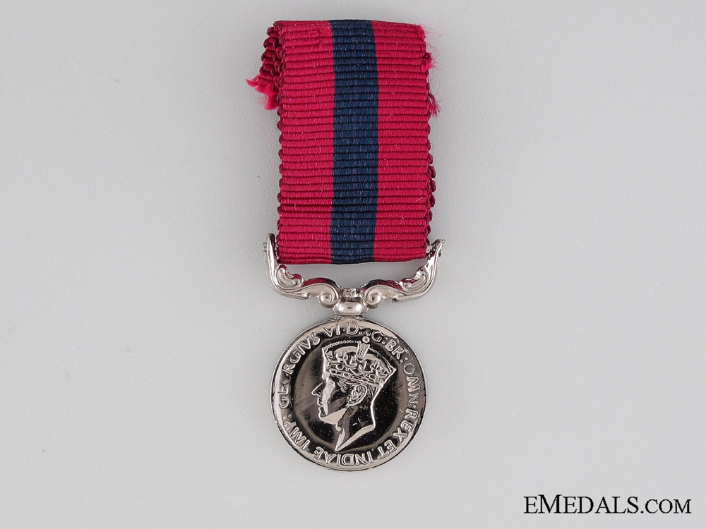 Miniature GVI Distinguished Conduct Medal
