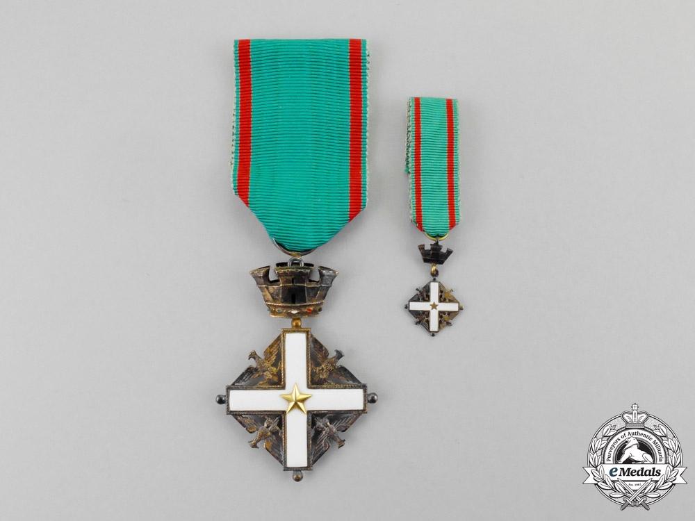 Italy. An Order of Merit of the Italian Republic, 5th Class, Knight, 1951-2001, Fullsize and Miniature