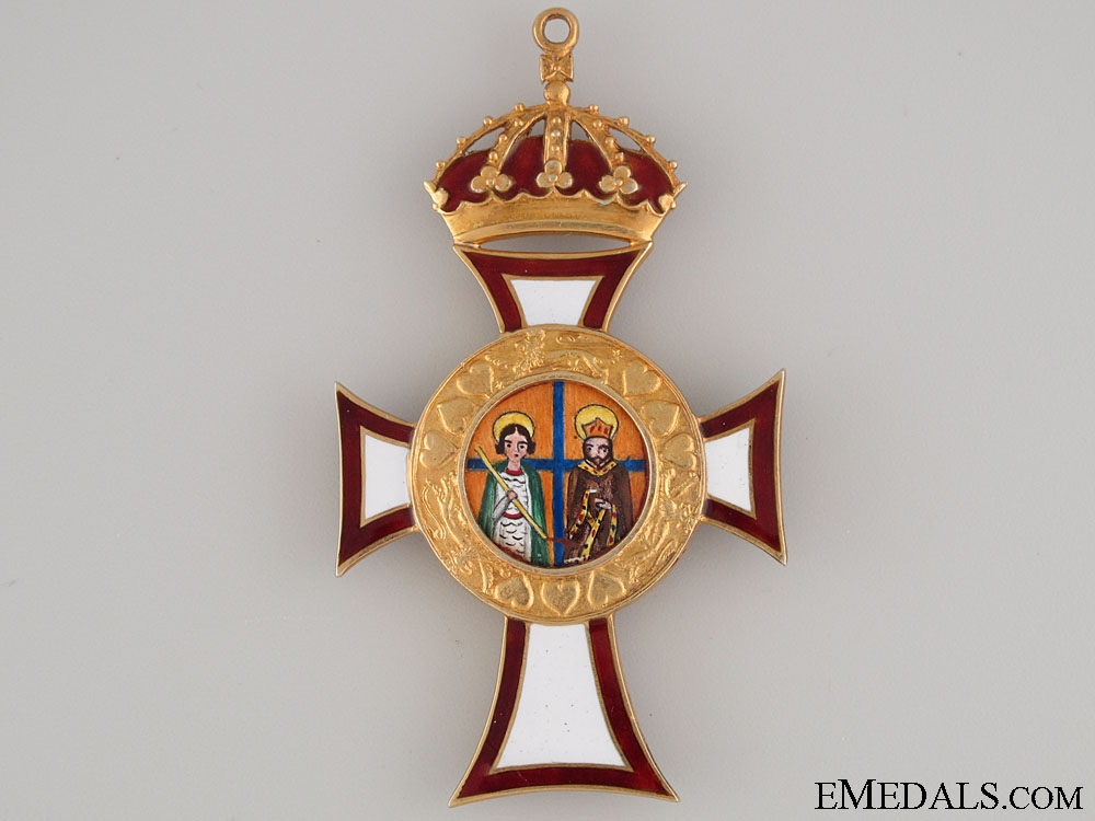 Royal Family Order of st. George and St. Constantine
