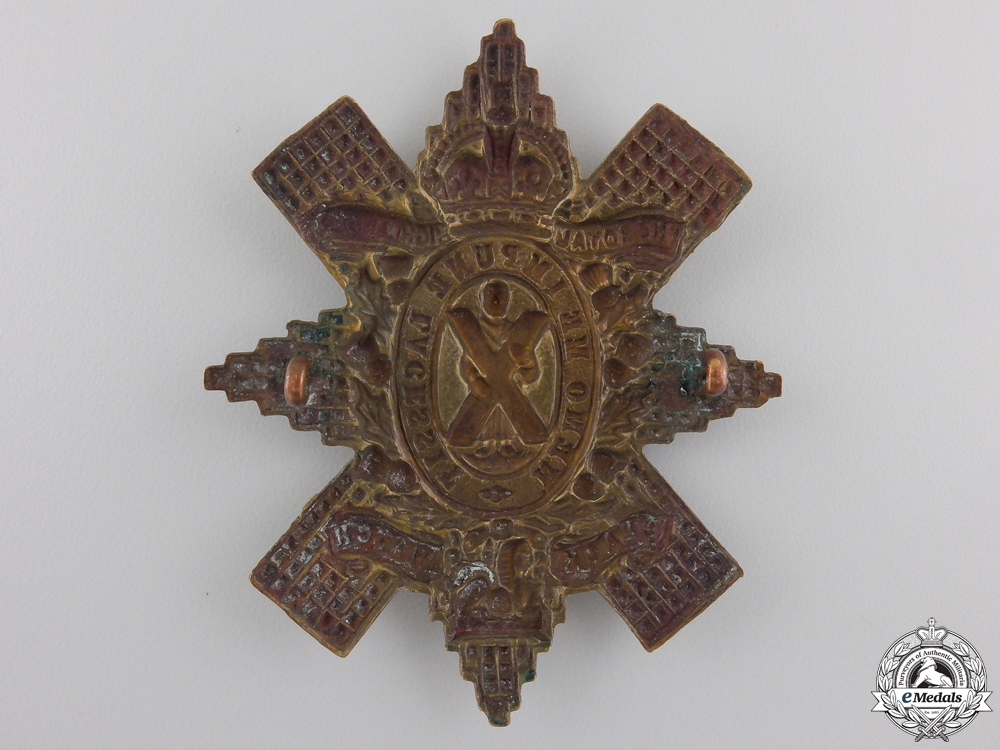 "A First War Royal Highlanders ""Black Watch"" Glengarry Badge"