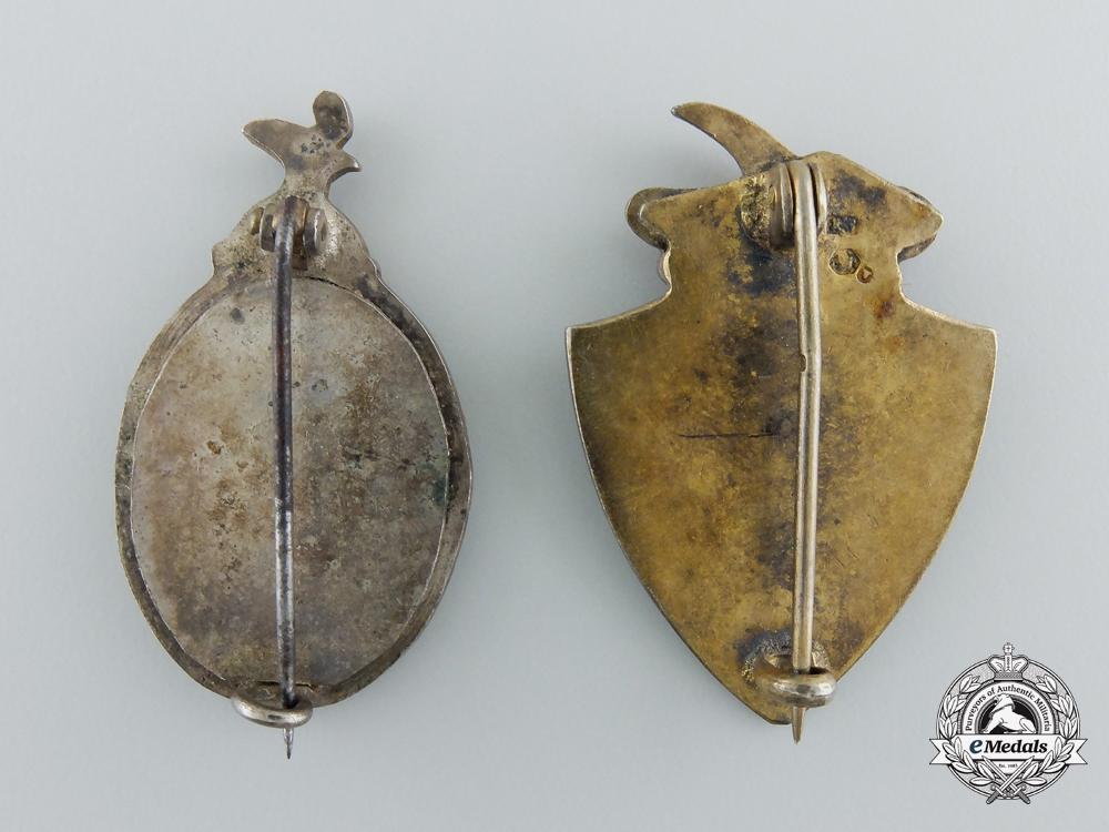 Two First War Pair of Austrian Regimental Badges