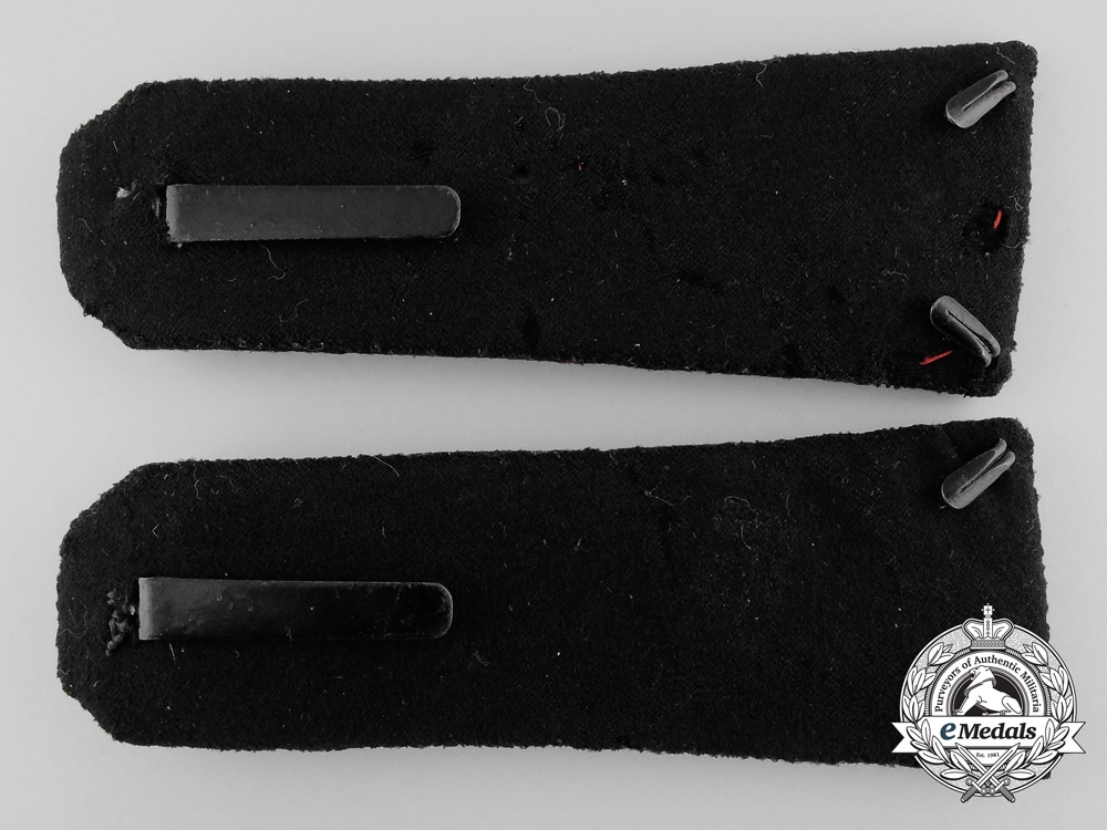 A Pair of French Foreign Legion officer's Shoulder Boards
