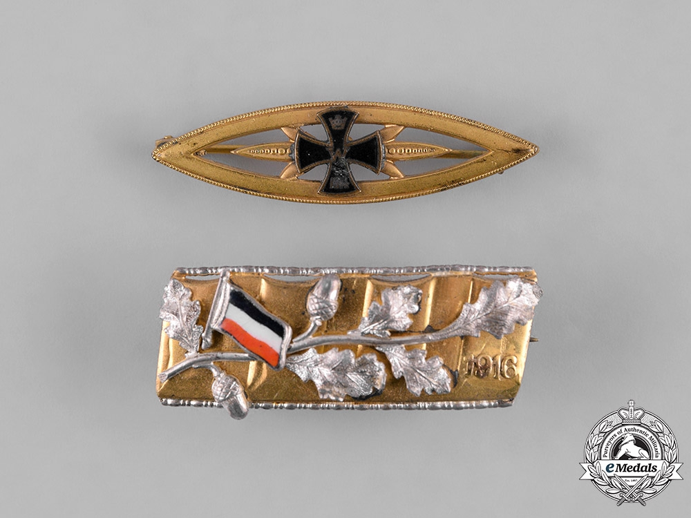 Germany, Imperial. A Pair of First War Commemorative Badges