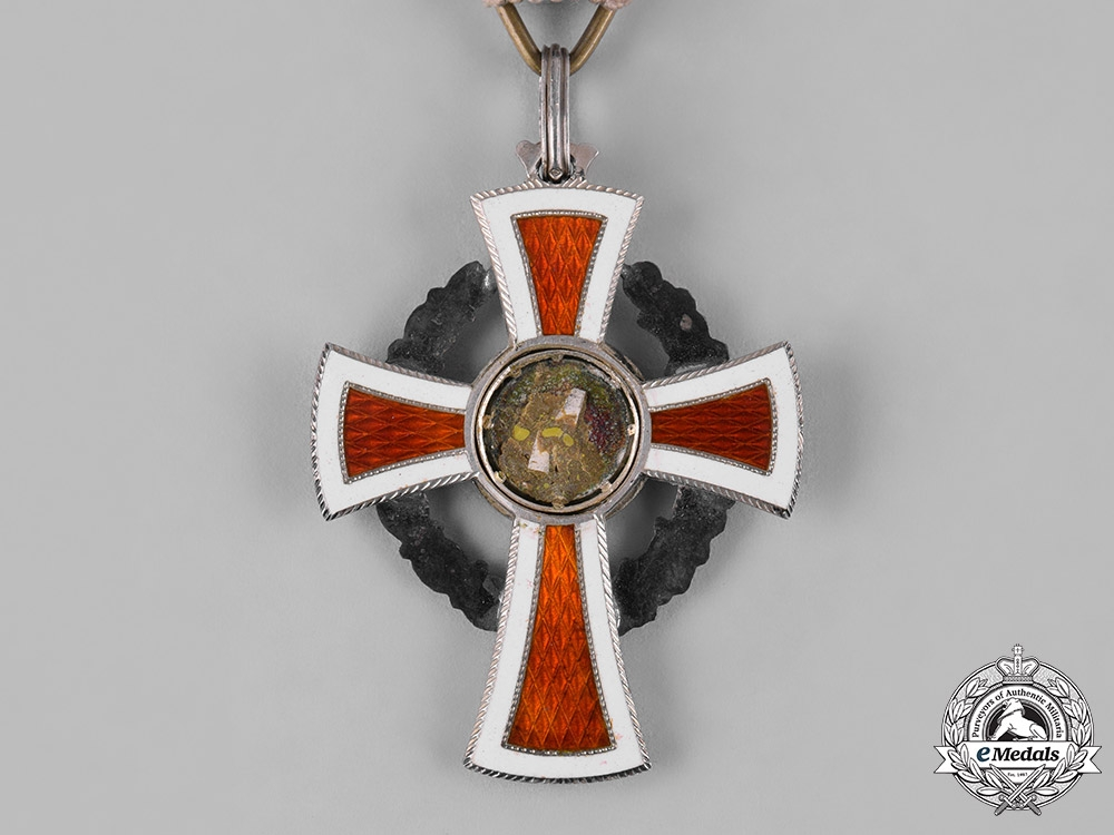 Austria, Empire. An Honour Decoration of the Red Cross, II Class with War Decoration