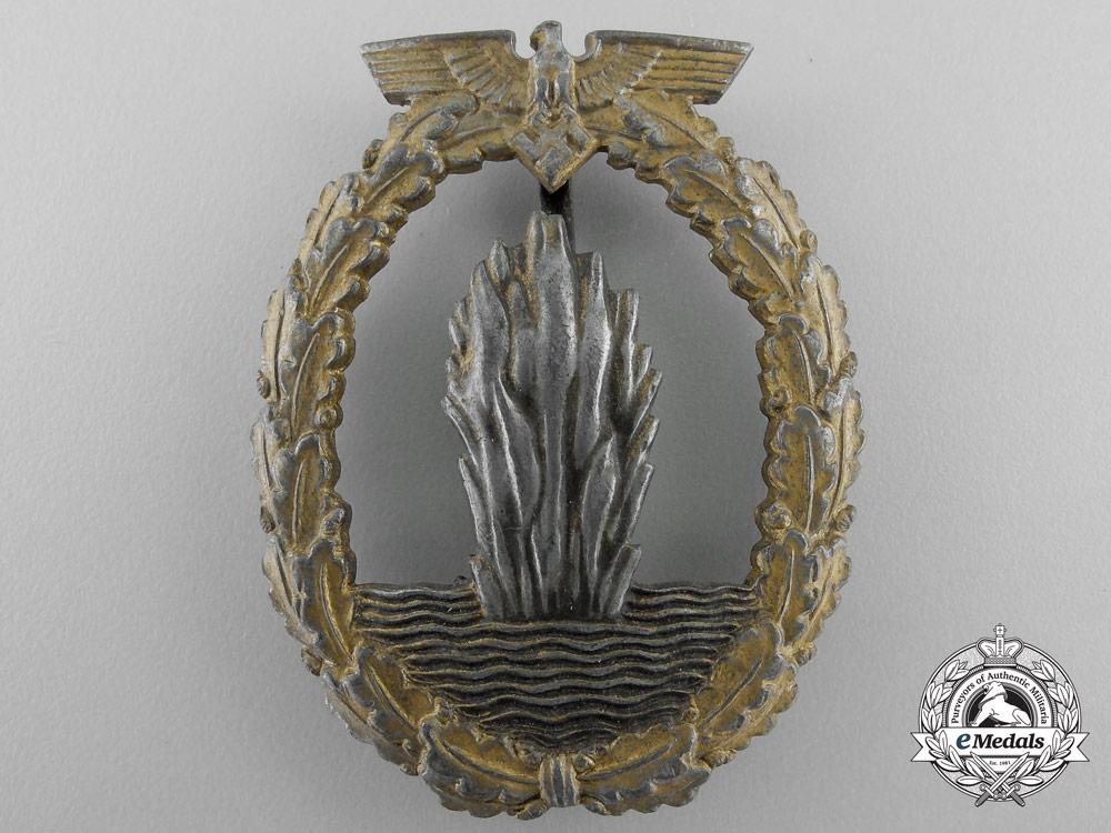 A Kriegsmarine Minesweeper War Badge