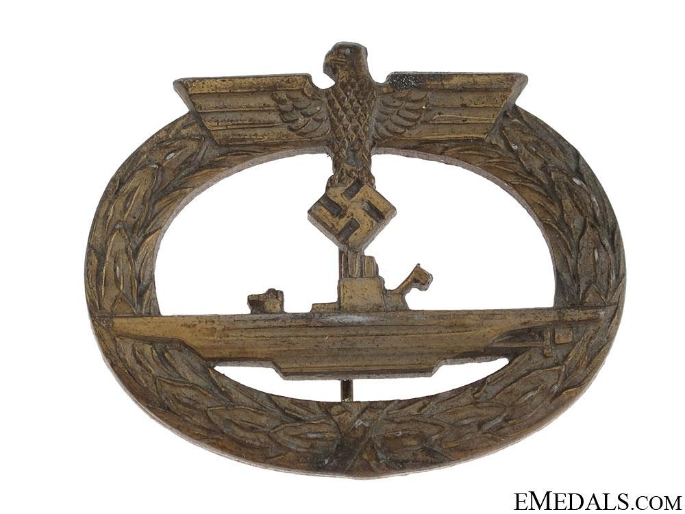 Submarine War Badge – marked RK