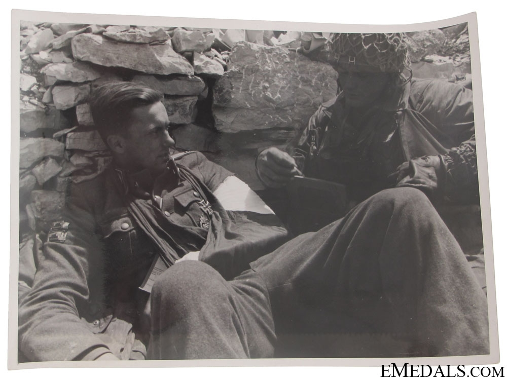 Superb Fallschirmjäger Photo – Drvar, Bihac 1944