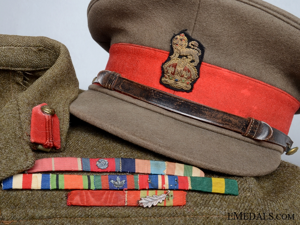 The 1943 Uniform of I.Johnston; Commander of the 48th Hghdrs3800