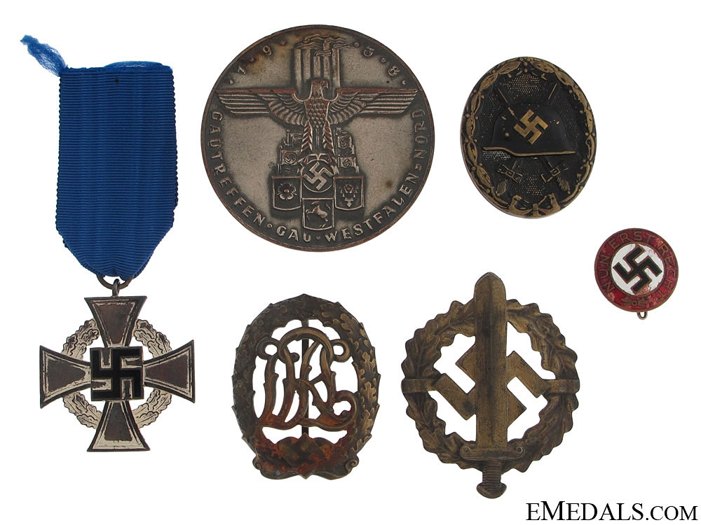 Third Reich Period Insignia & Awards