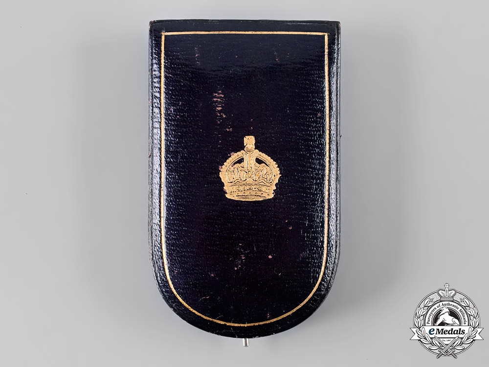 United Kingdom. A George V Military Cross with Case