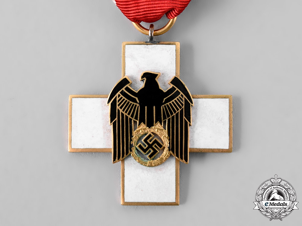 Germany, Third Reich. A Social Welfare Decoration, III Class, by Gebrüder Godet & Co.