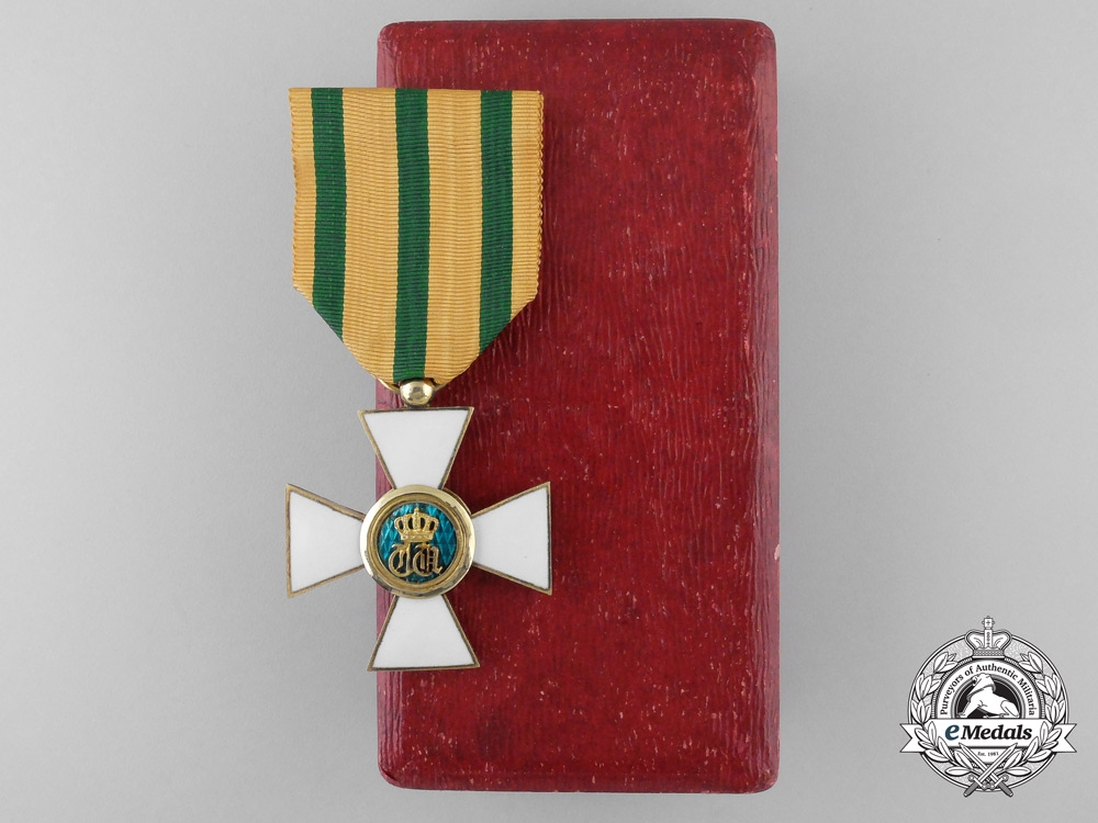 Luxembourg. An Order of the Oak Crown, Knight's Cross in Case