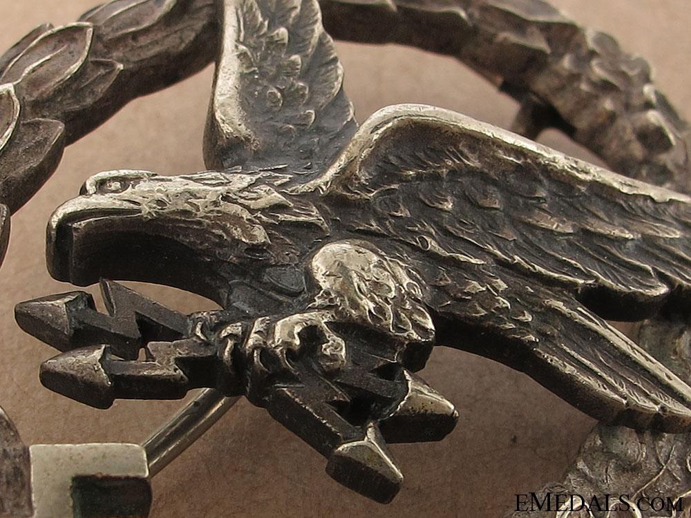 Radio Operator & Air Gunner Badge - W. Deumer