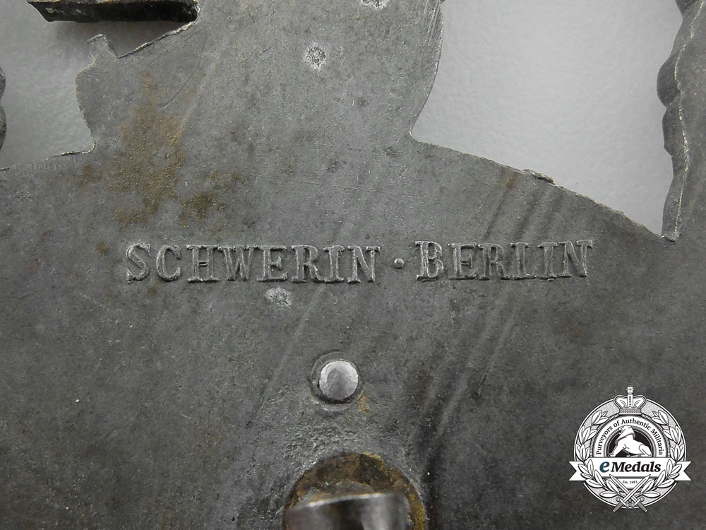 An Auxiliary Cruiser War Badge by Schwerin, Berlin