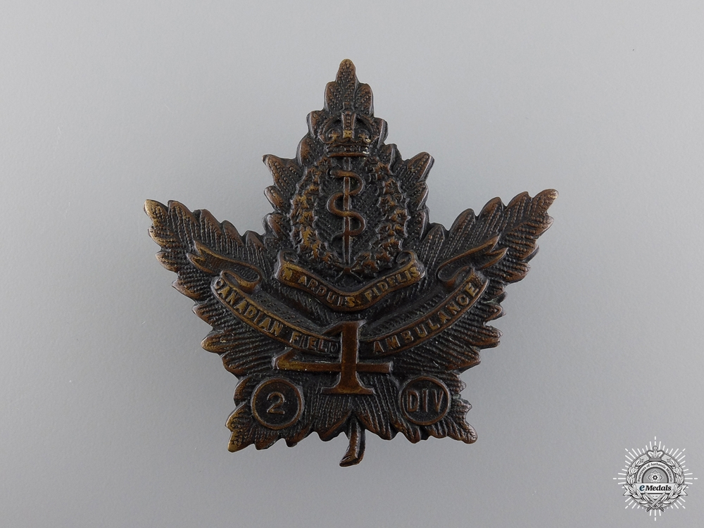 WWI 4th Canadian Field Ambulance Cap Badge  consign 17
