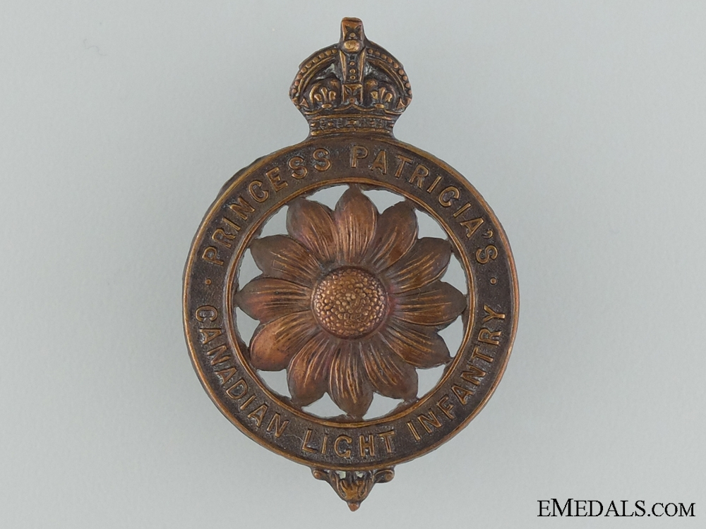 WWI Princess Patricia's Canadian Light Infantry Cap Badge